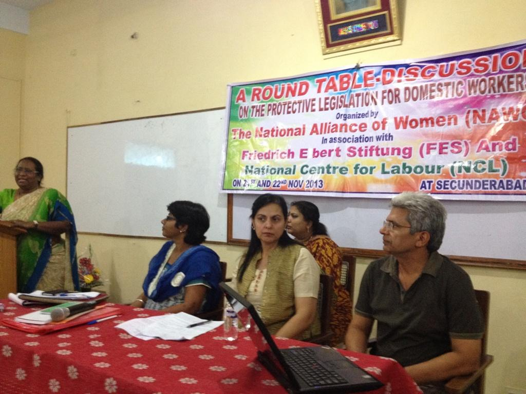 Dr  Charu WaliKhanna, Member, NCW, was Chief Guest at Round Table