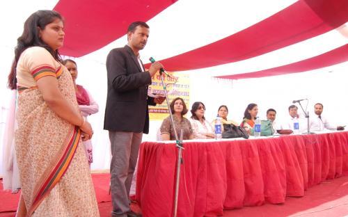 Member NCW Dr. Charu WaliKhanna and Member Hemlata Kheria were the Chief Guest at a Legal Awareness Programme, organized by Agra Jan Kalyan Sewa Samiti