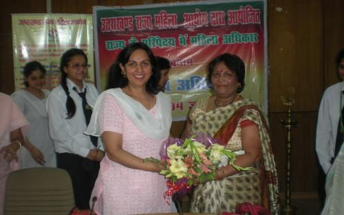 """Dr. Charu WaliKhanna, Member, NCW was Chief Guest at a seminar """"State Commission and Women's Right Vs. Human Rights"""" held Dehradun"""