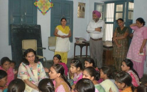 """Dr. Charu WaliKhanna, Member, NCW visited at Amritsar on 22.06.2012 to discuss 'Issues concerning women"""""""