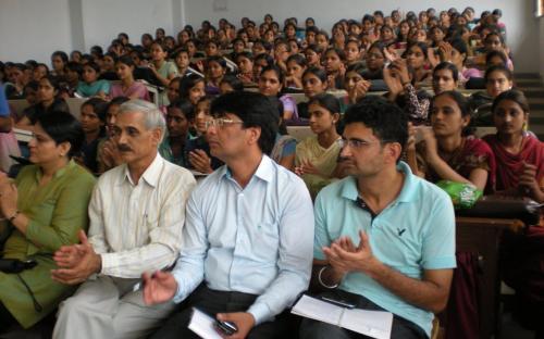 Dr Charu WaliKhanna and Ms Hemlatha Kheria visited the village Garhi Sampla in Rothak District Haryana