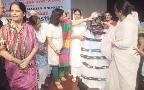 """Members NCW, Dr. Charu WaliKhanna & Ms. Shamina Shafiq Chief Guest at Seminar on """"Raising Our Voices on Muslim Women's Right and Equality before the Law"""""""