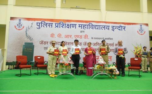 Smt. Mamta Sharma, Hon'ble Chairperson, NCW was Chief Guest at Inauguration of 'Gender Sensitisation and Gender Justice' Trainer Course at Indore