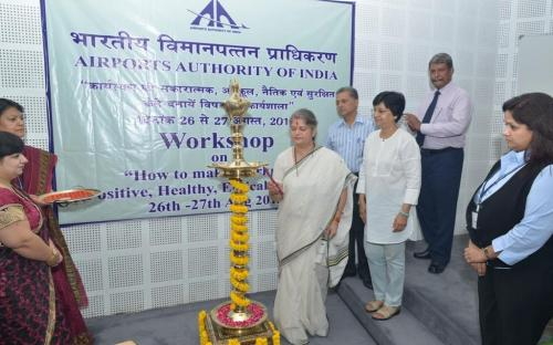 """Smt. Mamta Sharma, Hon'ble Chairperson, NCW inaugurated two day workshop on """"How to make the Workplace - Positive, Healthy, Ethical and Safe"""""""