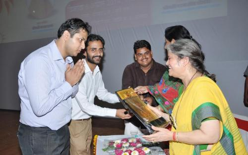 Smt. Mamta Sharma, Hon'ble Chairperson, NCW was Chief Guest at the prize distribution and awareness program organized by Manan Sewa Sansthan