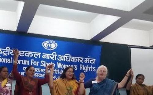 Smt. Lalitha Kumaramangalam, Hon'ble Chairperson, NCW with Single Women Rights pioneer Smt. Ginny Srivastava (right) and Ms. Nirmal Chandel (left) along with single women's collective leaders