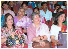 Mrs. Mamta Sharma, Chairperson NCW accompanied by Dr. Charu WaliKhanna, Member, NCW attended a Jan Sunwai Programme organized by the NGO Hamari Priyadarshini Ek Vichar at  Bhopal, Madhya